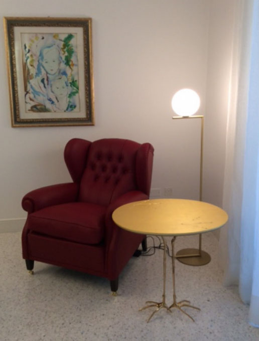 tavolino-cassina e lampada flos